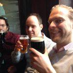 Jonge Remonstranten in de pub