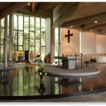 Interieur kerk Benedictinessen van de priorij 'Regina Pacis'