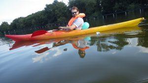 Harm in zijn kano